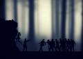 """Jak przetrwać apokalipsę zombie? Recenzja książki """"Zombie Survival. Poradnik o technikach obrony przed atakiem żywych trupów"""" Maxa Brooksa"""